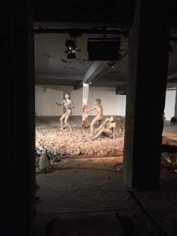 Susanna Recchia, Iris Chan and Katye Coe perform RITE at Palais de Tokyo, Paris. photo; Nikki Tomlinson